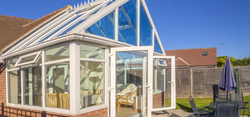 Conservatory cleaning in Belfast